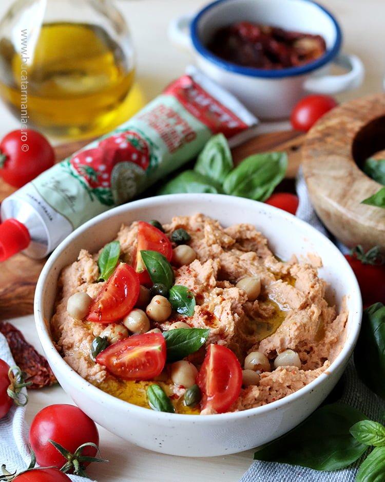 Hummus în stil italian