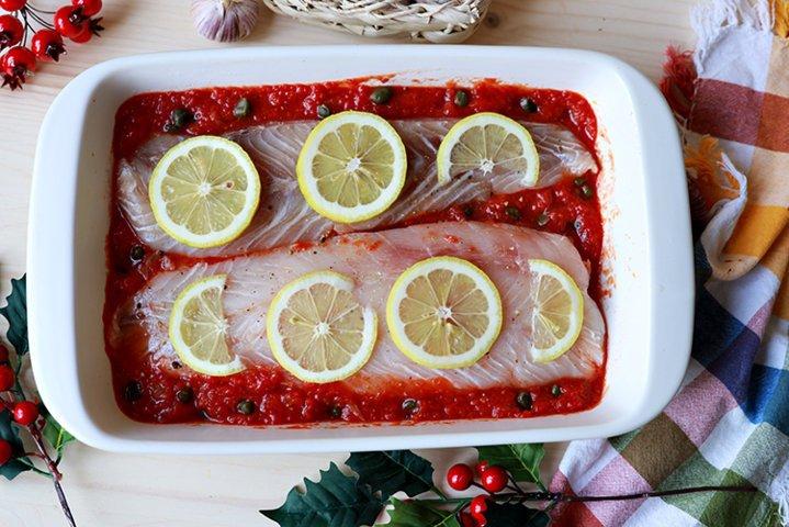 pește în tavă